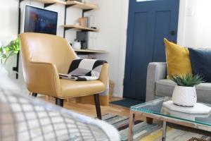 6 Design Hacks For Small LivingRooms